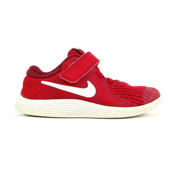 NIKE revolution sneakers, little kid size 10
